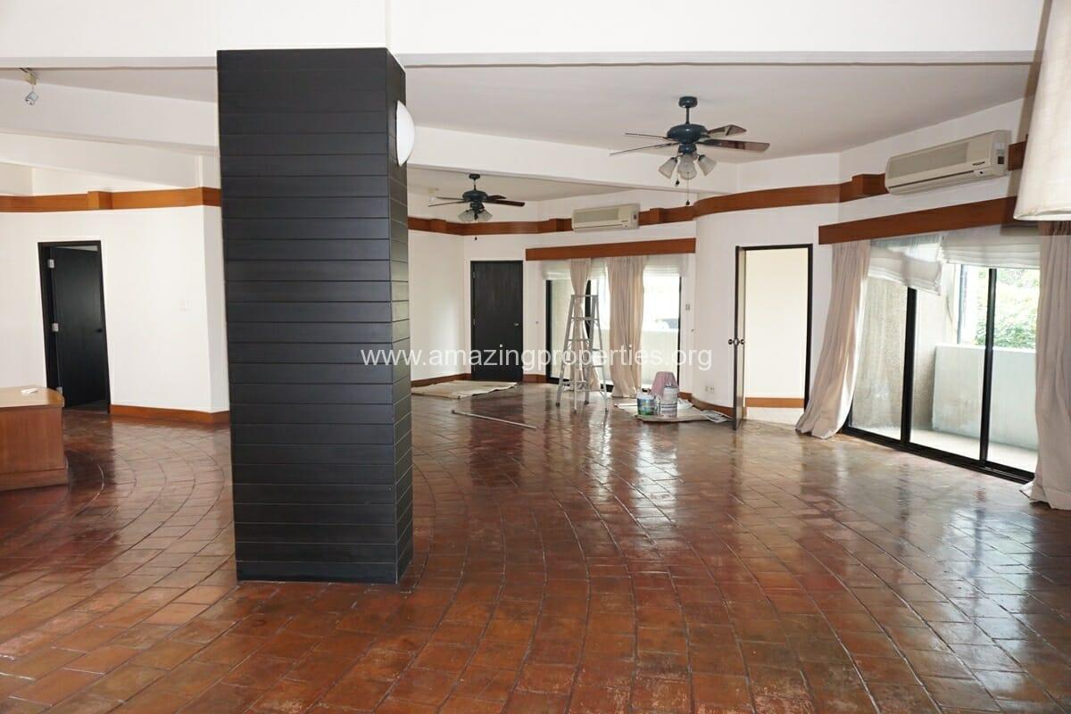 4 Bedroom Apartment Siri Apartment (12)