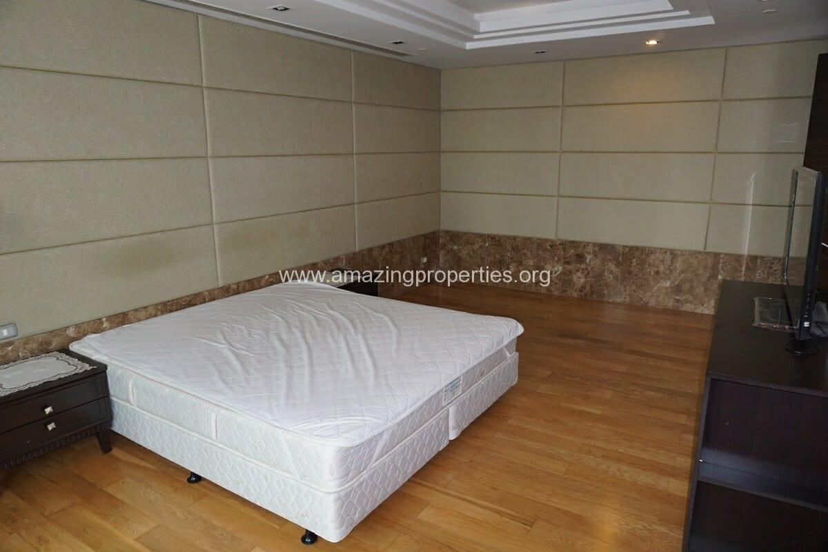 4 Bedroom Condo Ideal 24-21