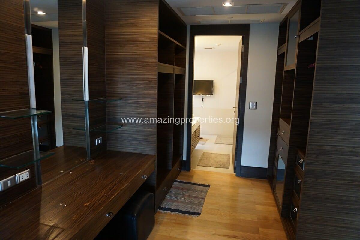 4 Bedroom Condo Ideal 24-22