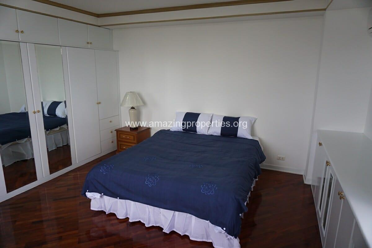 4 Bedroom Condo Ruamsuk Condominium-18