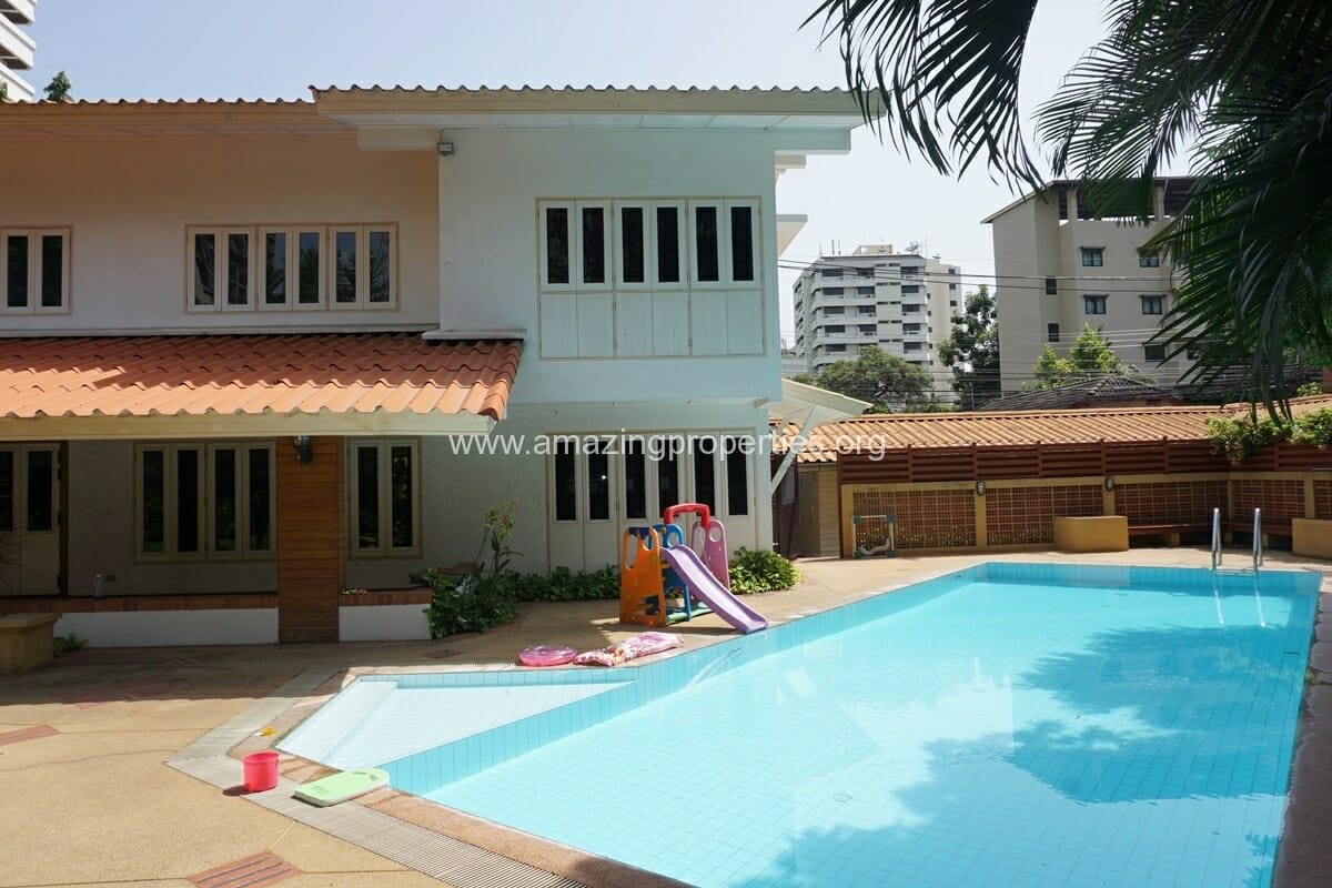 4 Bedroom Phrom Phong House-3