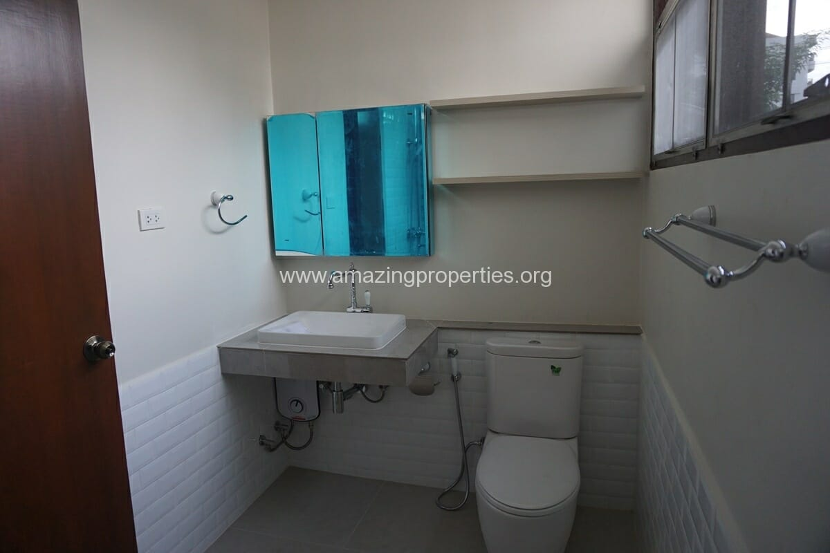 Nana 3 Bedroom House for Rent-34