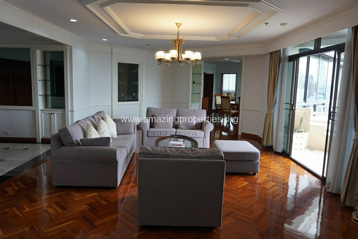 3 bedroom for Rent at Ruamsuk Condo
