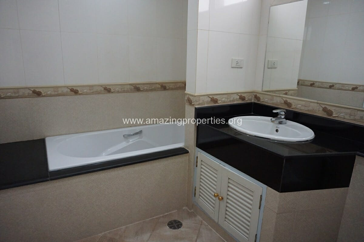 SCC Residence 2 Bedroom Apartment-9