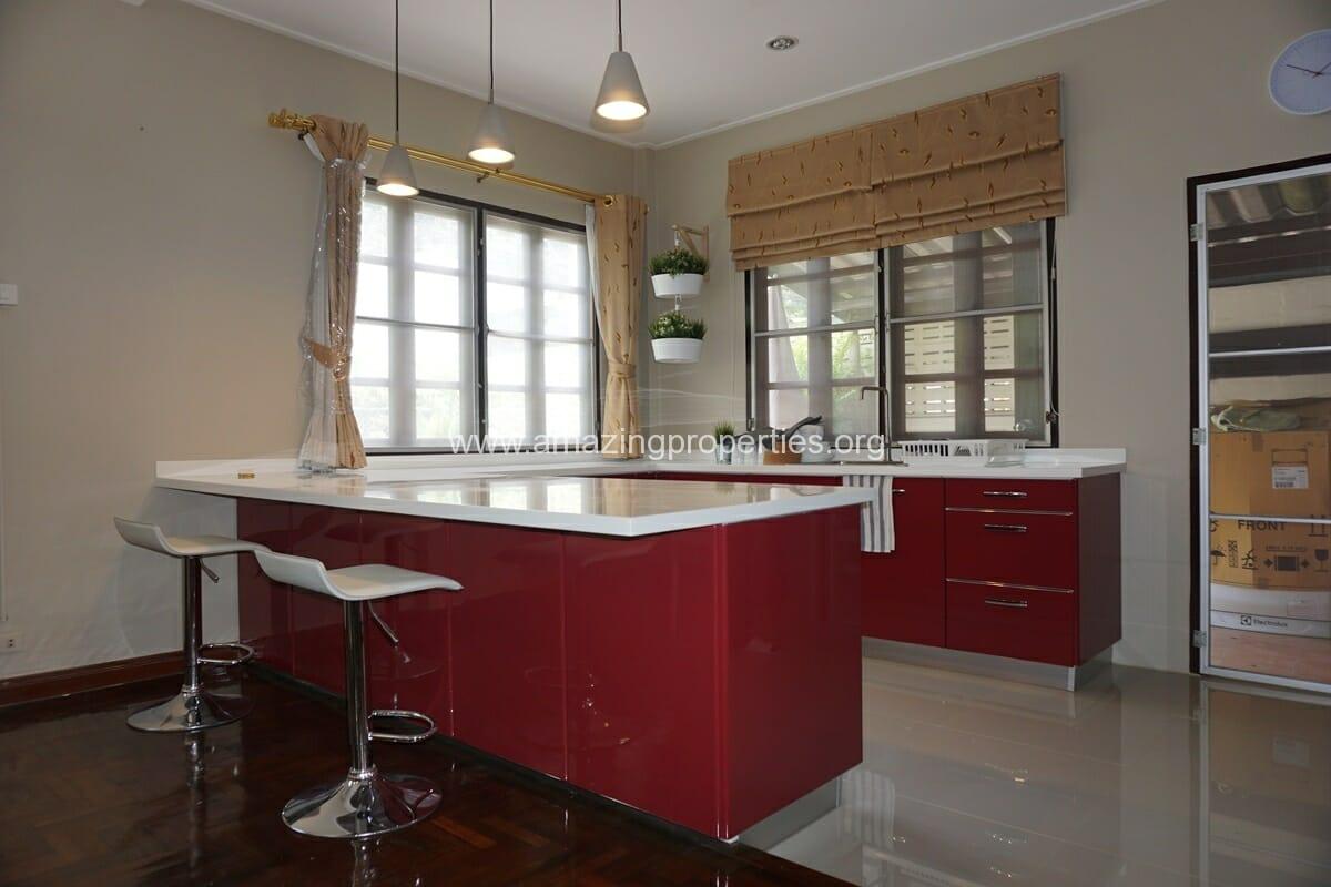 Thonglor 3 Bedroom House-11