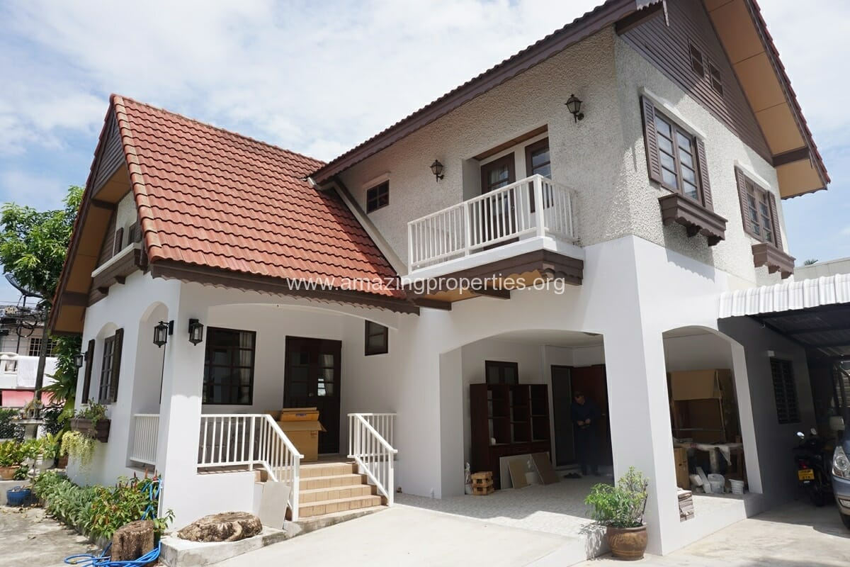 Thonglor 3 Bedroom House for Rent