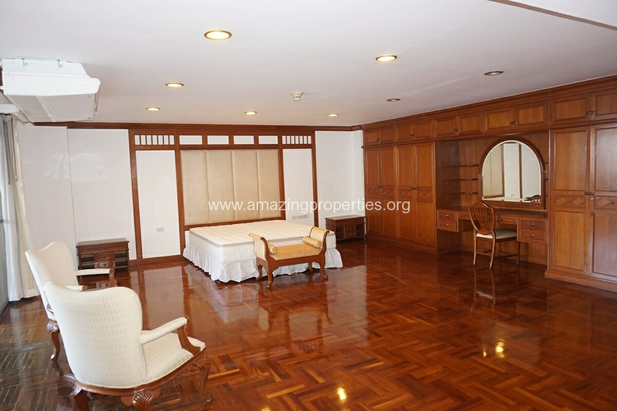 4 bedroom Apartment GM Mansion-11
