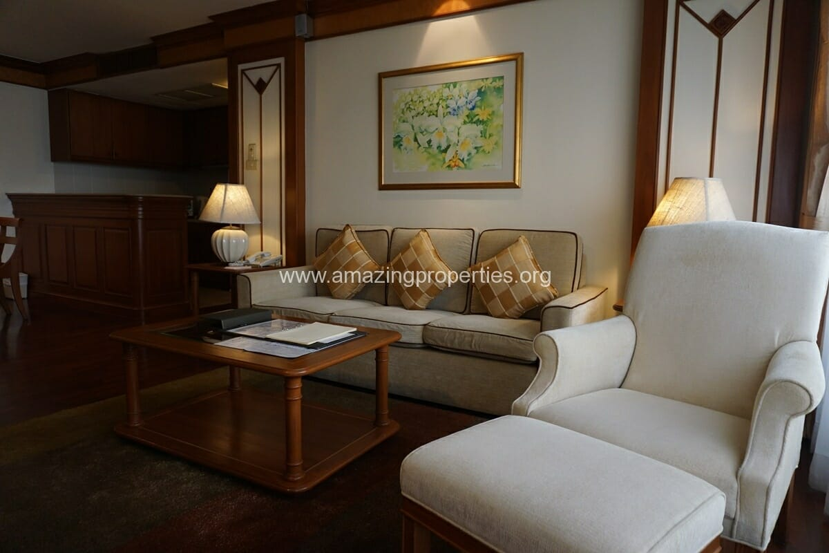 Executive Suite Bliston Chidlom-2