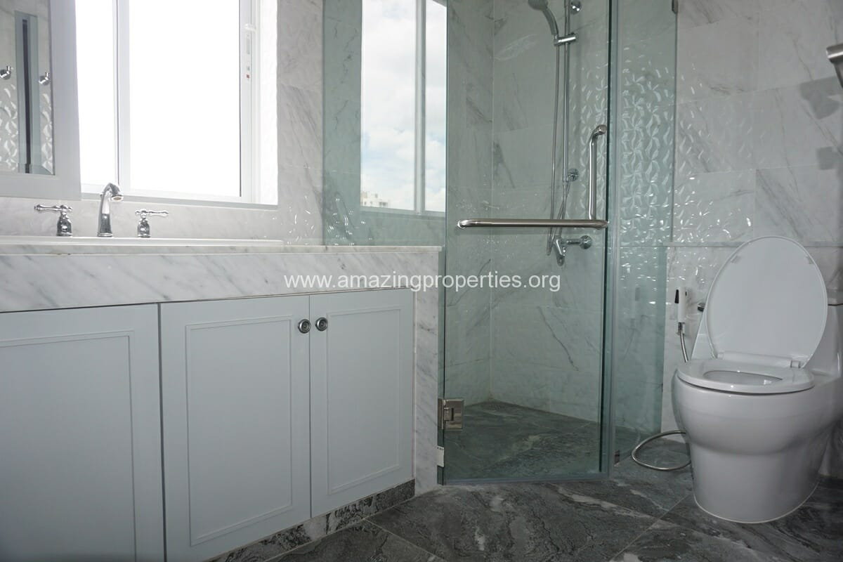 Kiarthanee Mansion Penthouse for Rent-10