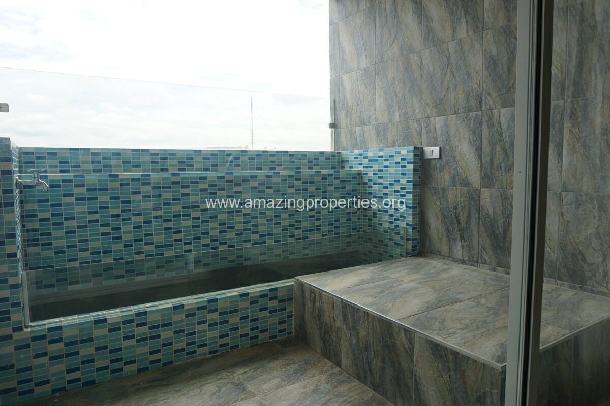 Kiarthanee Mansion Penthouse for Rent-12