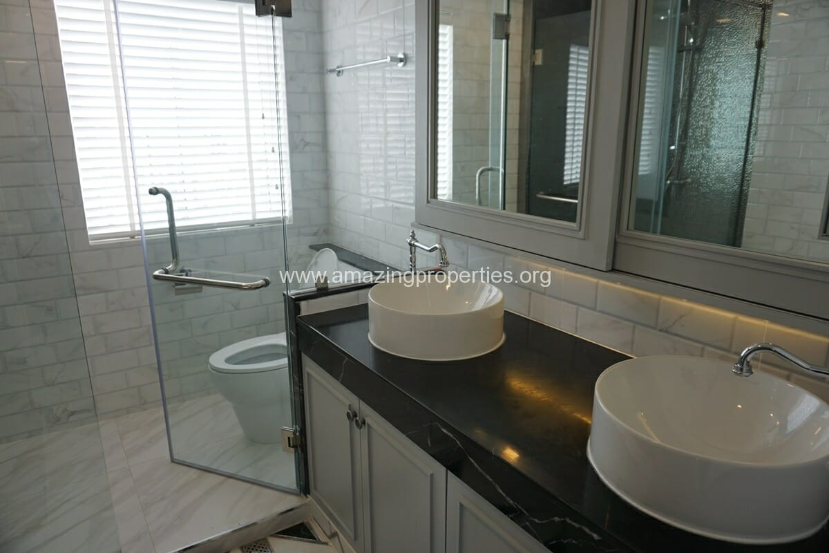 Kiarthanee Mansion Penthouse for Rent-23