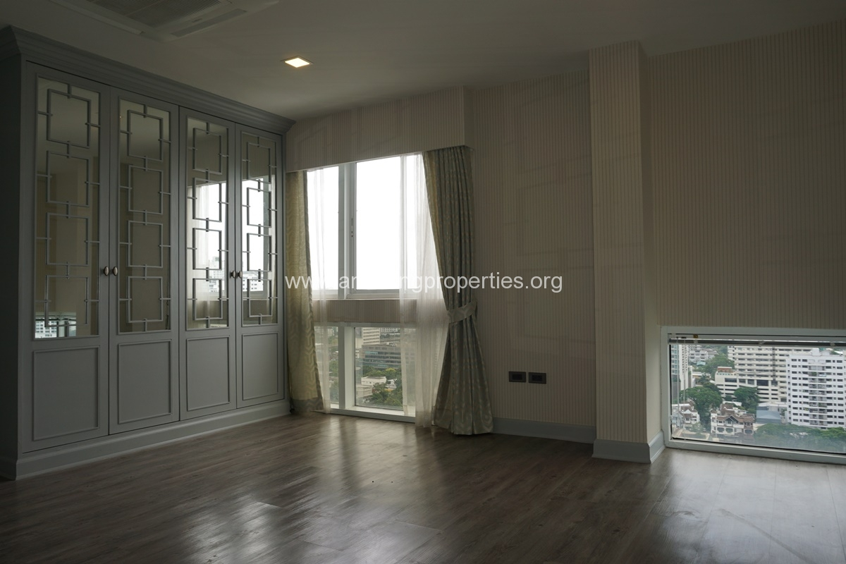 Kiarthanee Mansion Penthouse for Rent-30