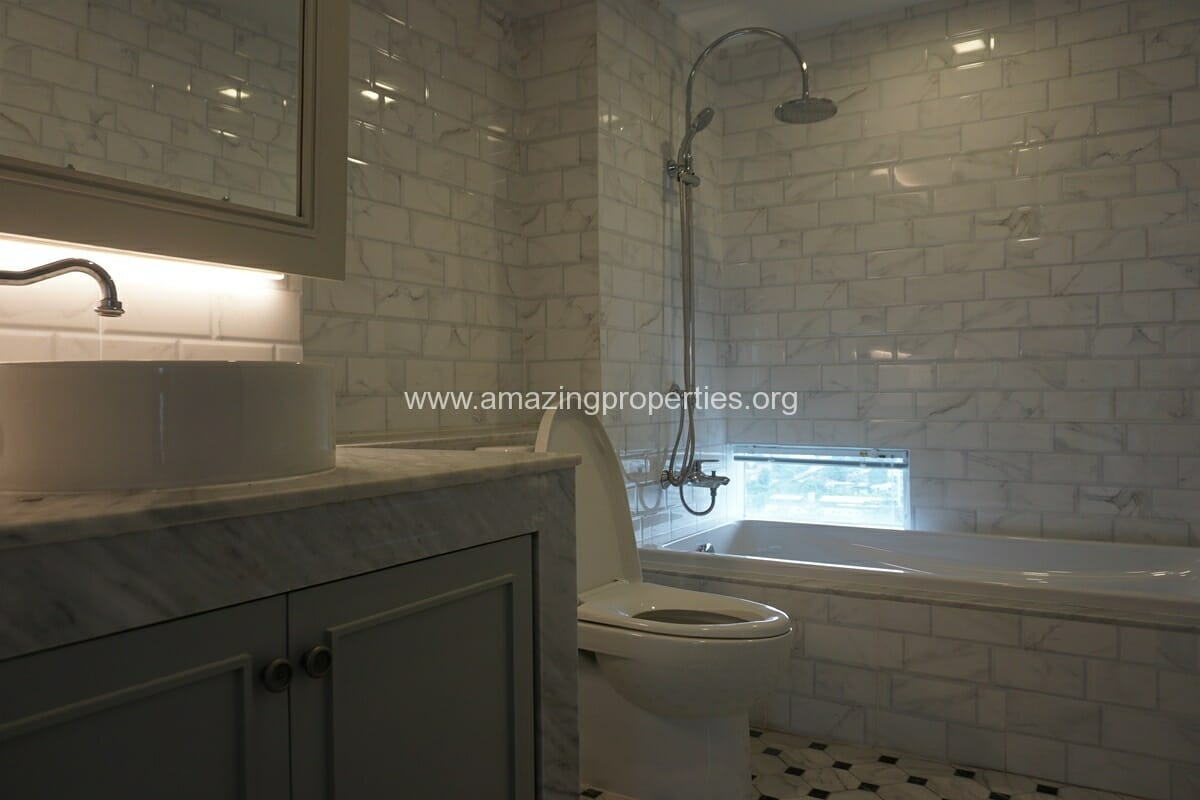 Kiarthanee Mansion Penthouse for Rent-31