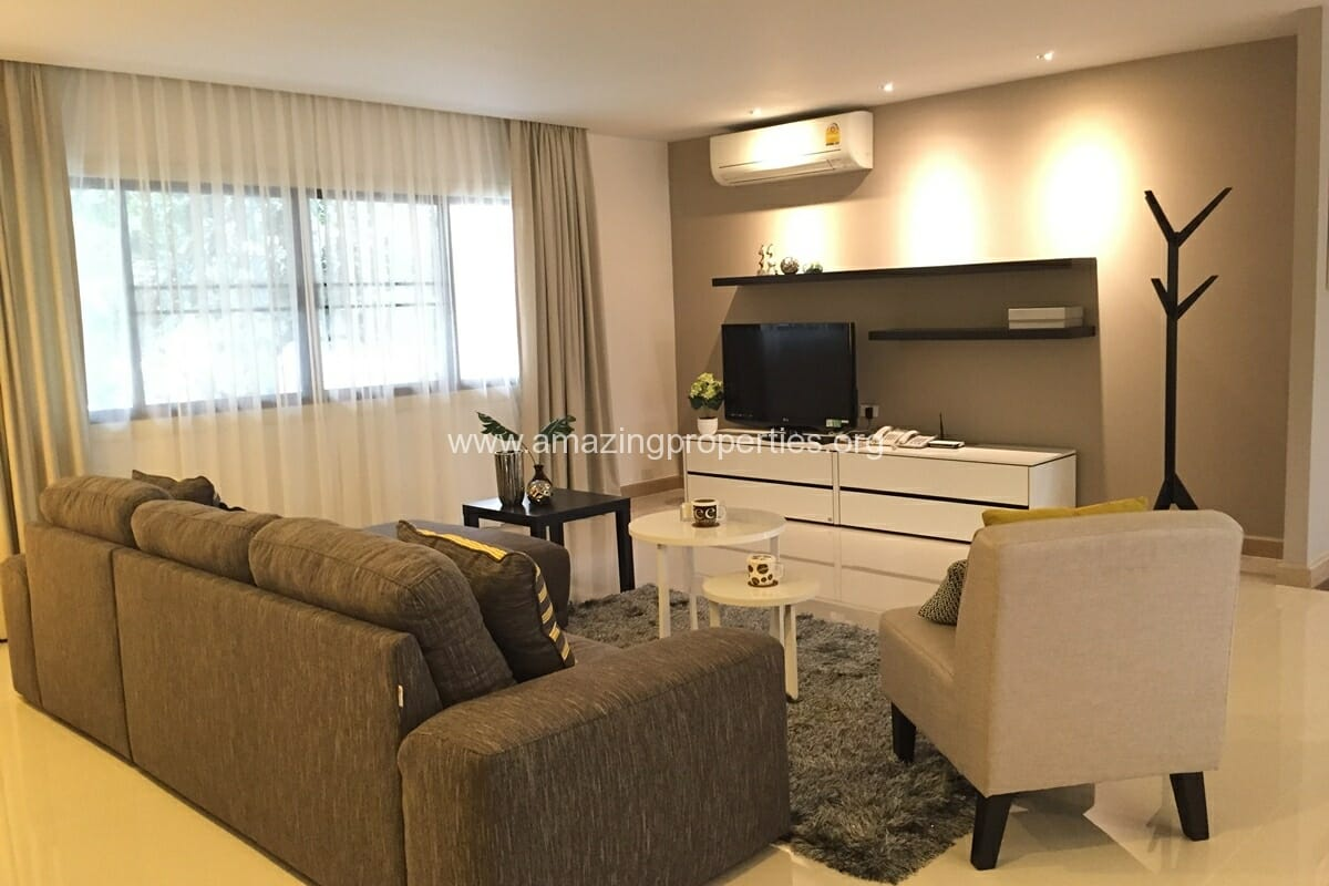 Magic Bricks 3 Bedroom Apartment Thonglor