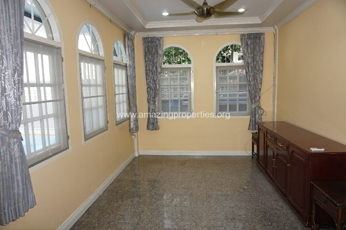 Phrom Phong House for Rent-2
