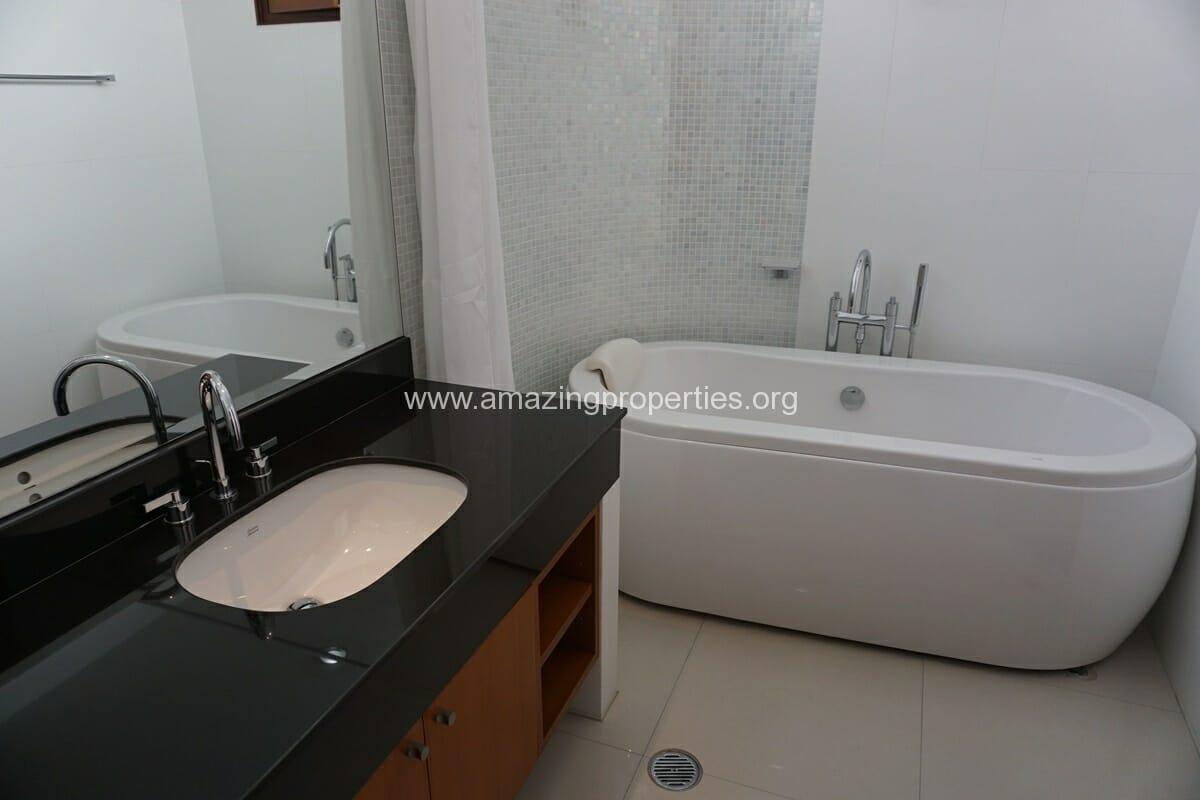 2 Bedroom Apartment Baan Tepalit-9