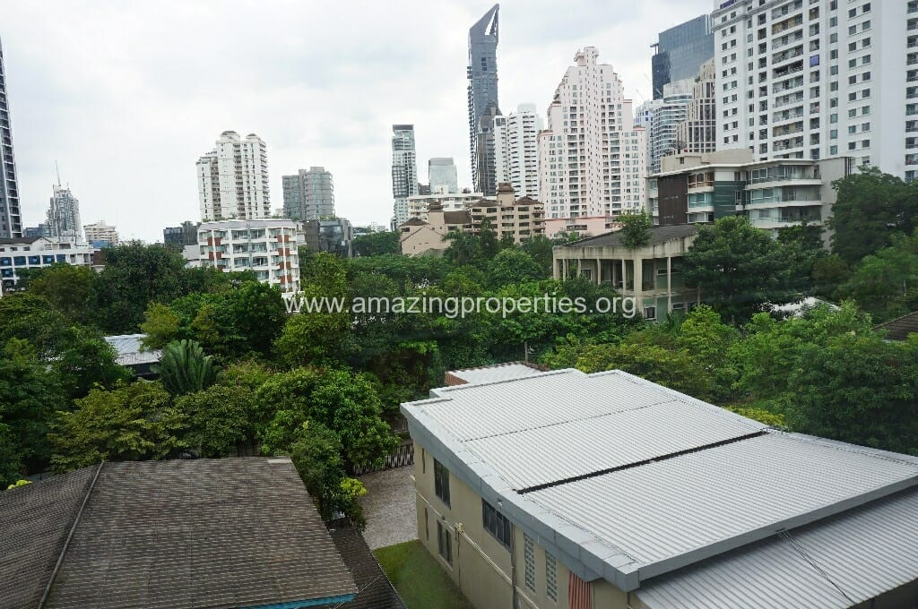 2 Bedroom Condo The Rise Sukhumvit 39-4
