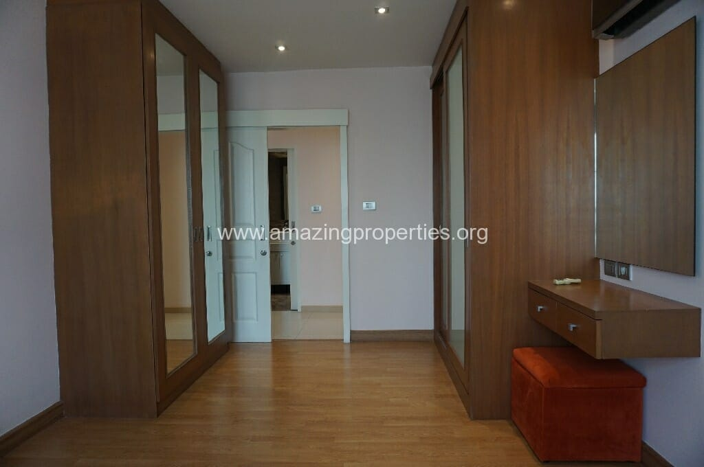 2 Bedroom Condo The Rise Sukhumvit 39-8