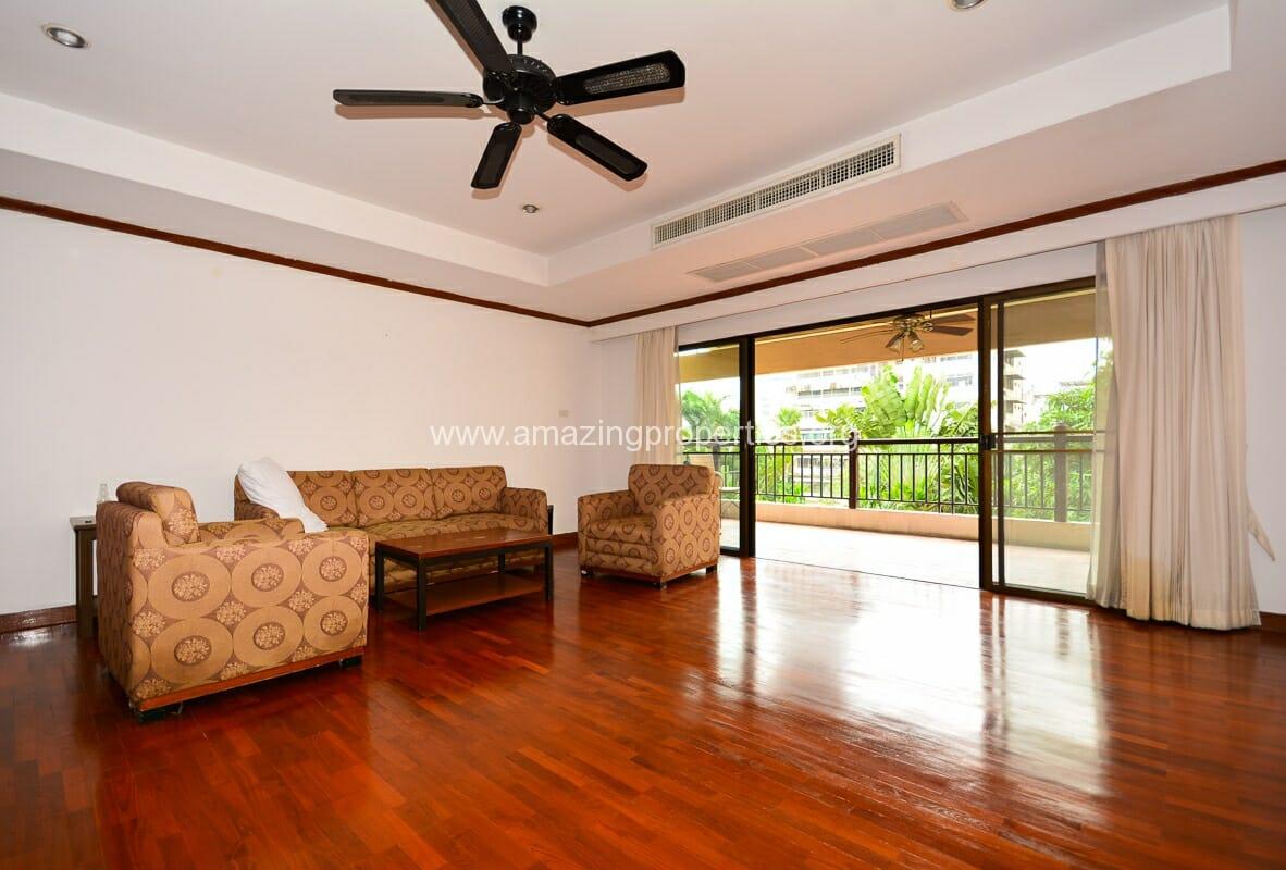 3 Bedroom Apartment MSI III Garden-2