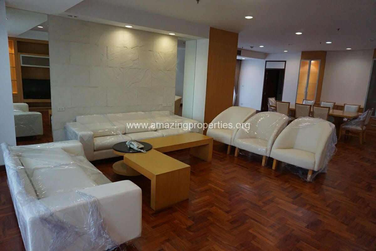 3 Bedroom Apartment The Grand Sethiwan