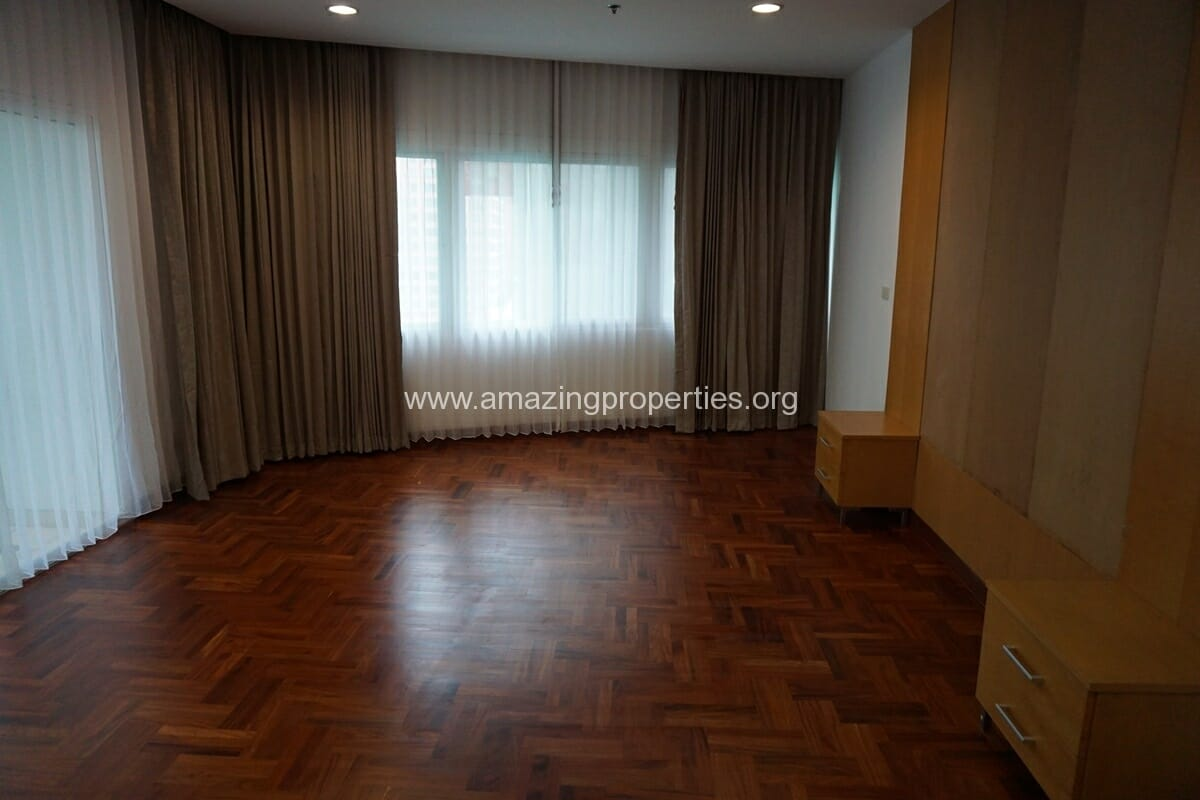 3 Bedroom Apartment The Grand Sethiwan-15