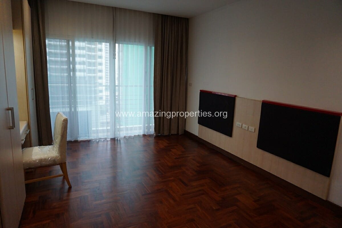 3 Bedroom Apartment The Grand Sethiwan-19