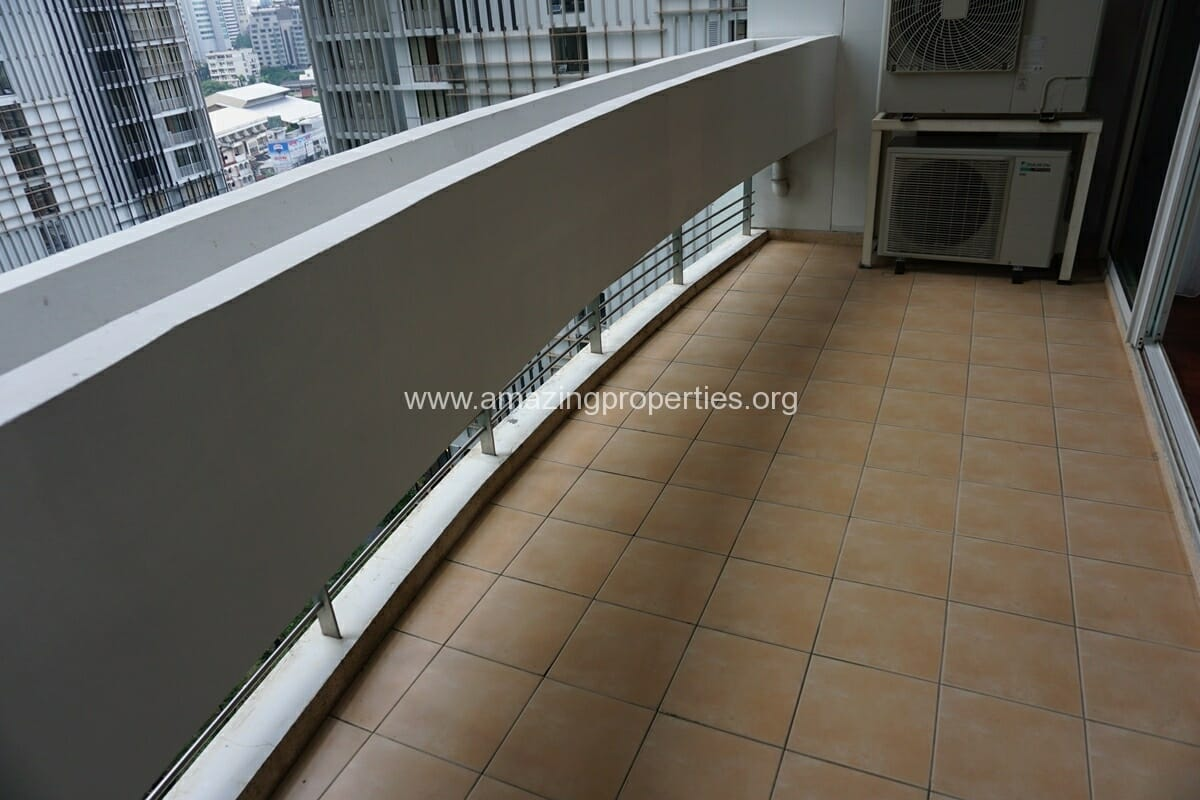 3 Bedroom Apartment The Grand Sethiwan-4