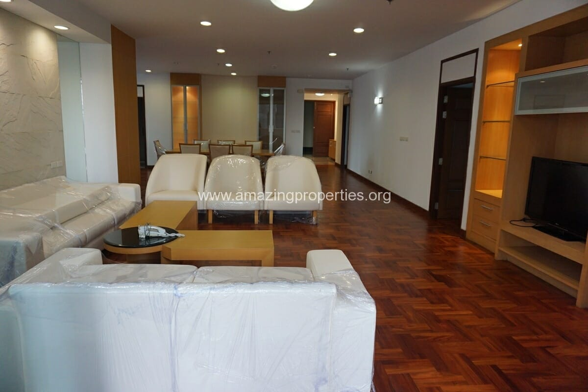 3 Bedroom Apartment The Grand Sethiwan-5