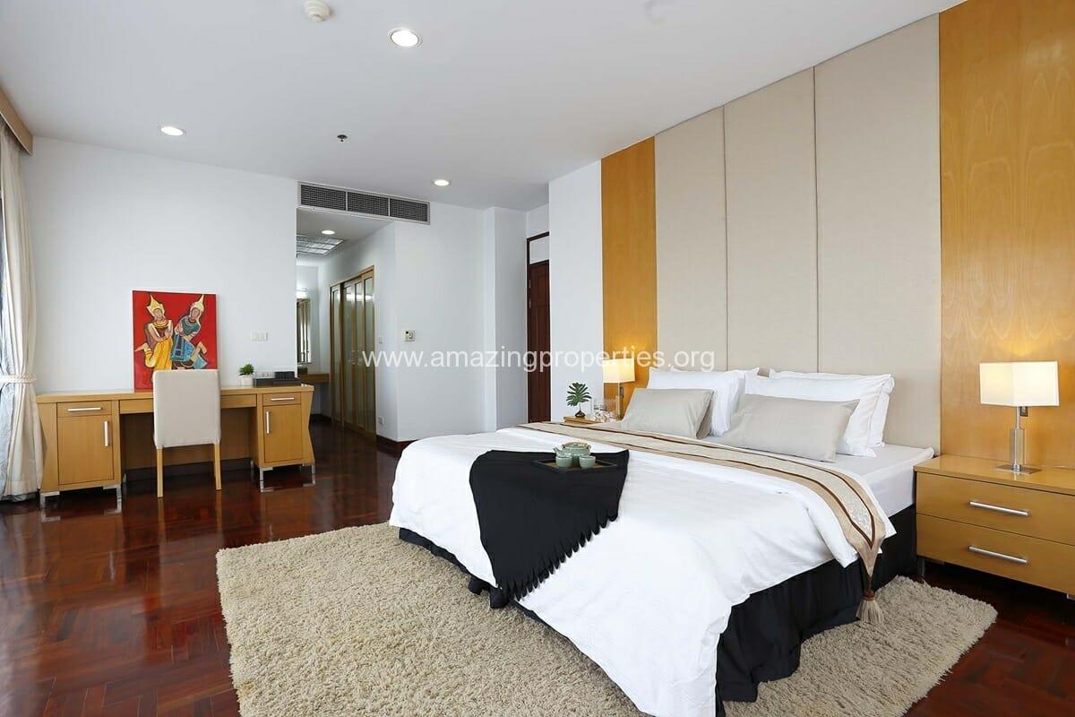 3 Bedroom The Grand Sethiwan-15