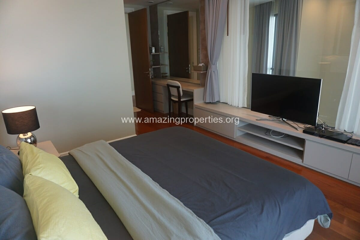 3 bedroom duplex condo for rent at bright sukhumvit 24 for Duplex bed