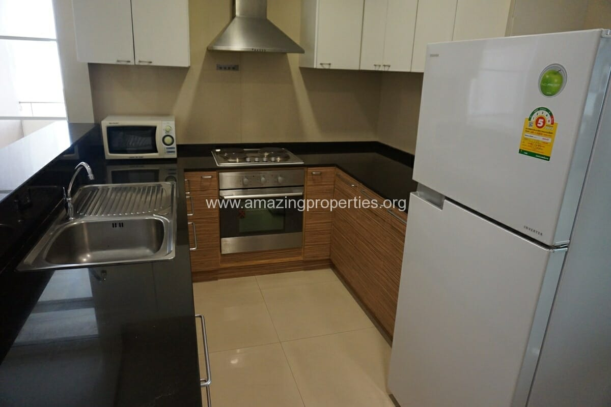 Piyathip Place 3 Bedroom Apartment-10