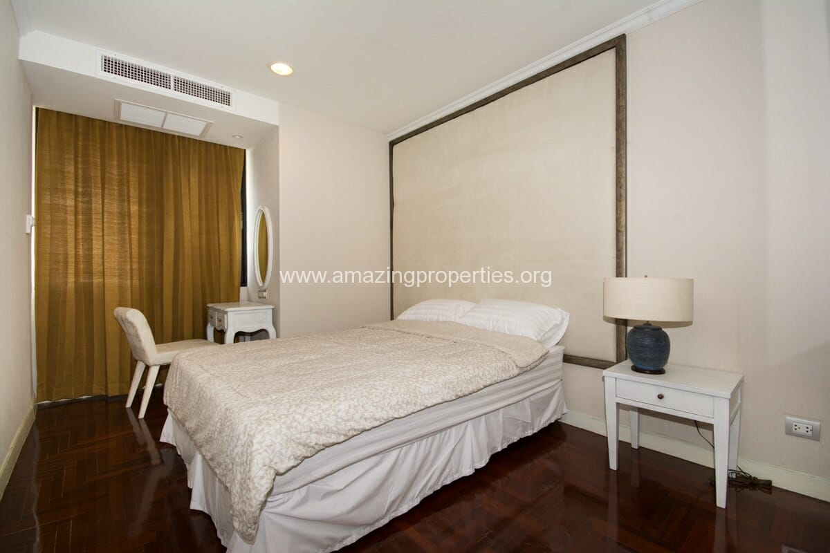 2 bedroom condo for rent at lake green condominium amazing properties. Black Bedroom Furniture Sets. Home Design Ideas
