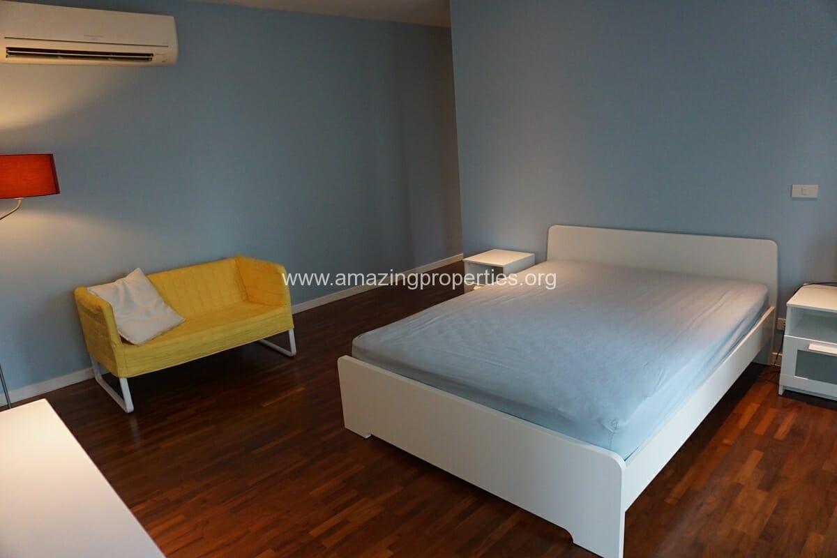2 Bedroom Condo Noble House Ruamrudee-15