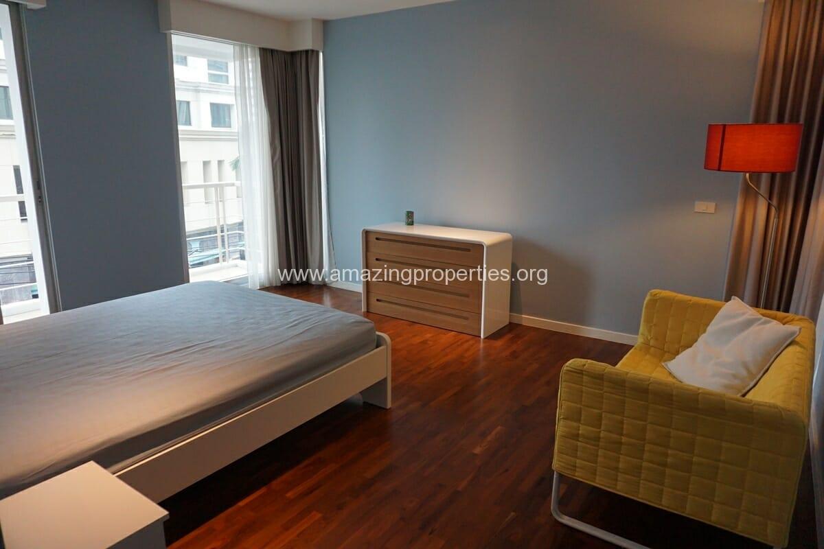 2 Bedroom Condo Noble House Ruamrudee-16