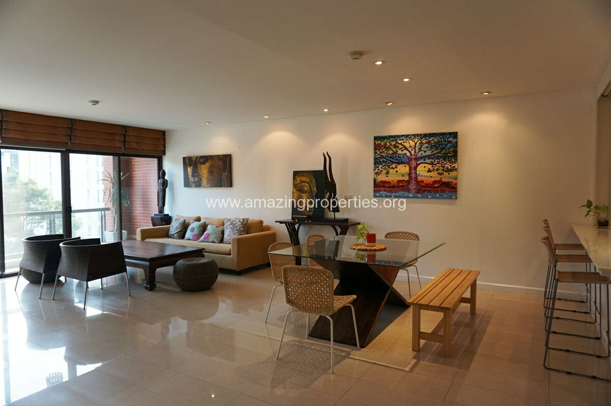 2 bedroom condo Baan Ananda