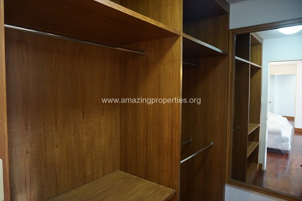3 Bedroom Apartment Krungthep Thani Tower-12