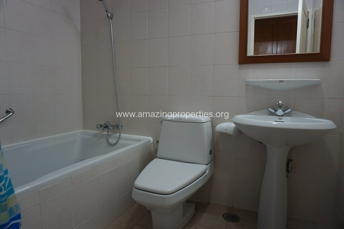 3 Bedroom Apartment Krungthep Thani Tower-17