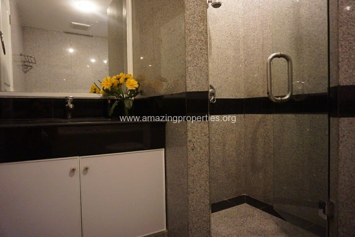 3 Bedroom condo Grand Langsuan-10