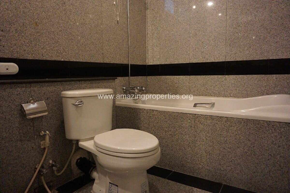 3 Bedroom condo Grand Langsuan-9