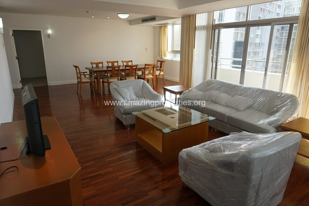 Krungthep Thani Tower 3 Bedroom Apartment -3
