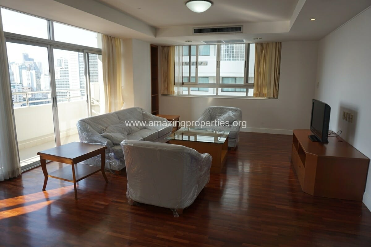 Krungthep Thani Tower 3 Bedroom Apartment -8