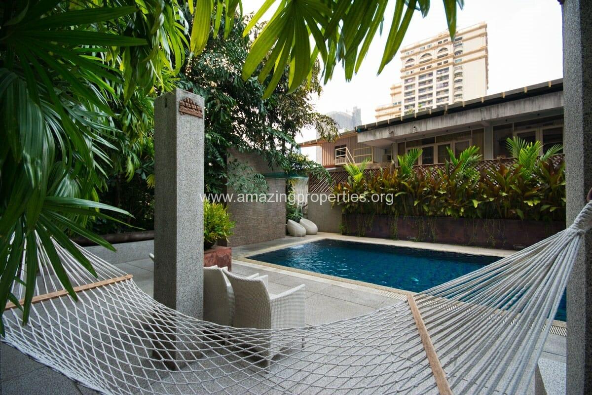 Raintree Village Apartment-6