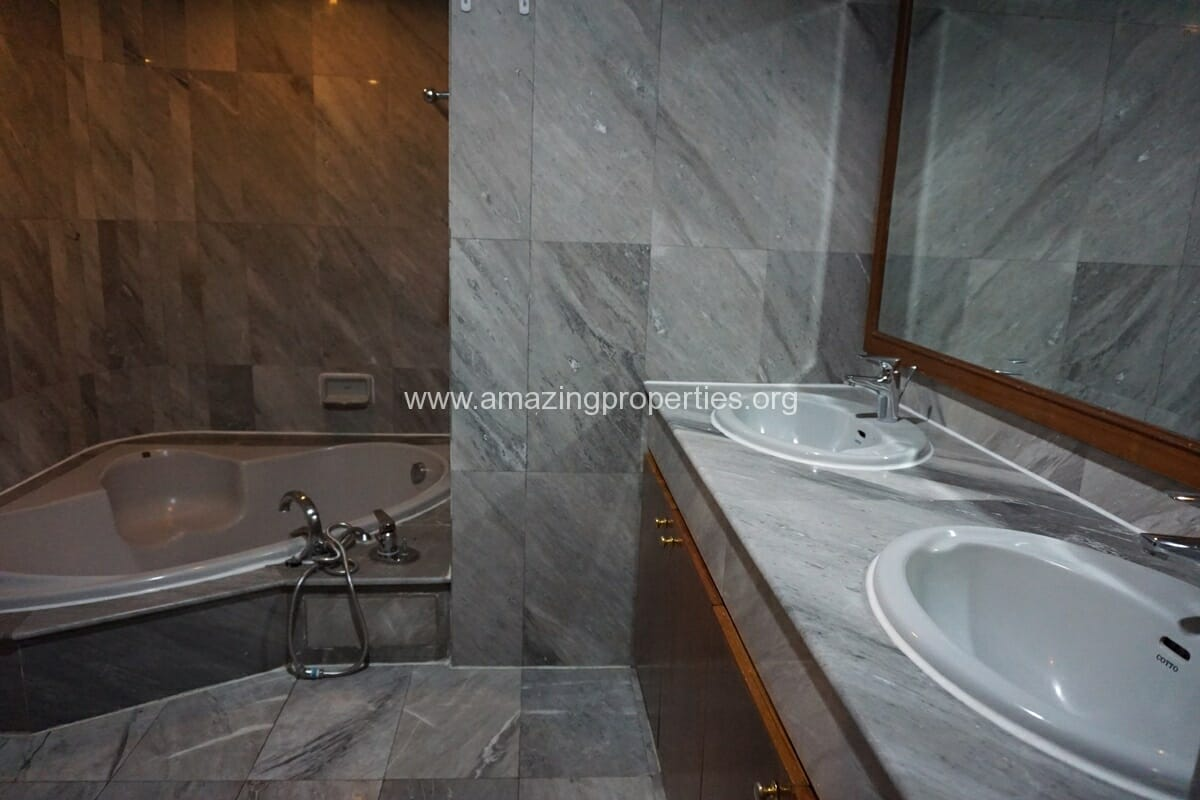 Sethiwan Residence 2 +1 bedroom Apartment-10