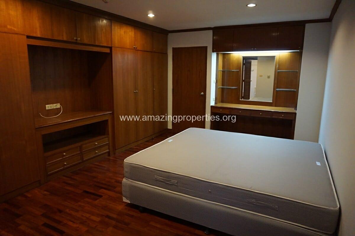 Sethiwan Residence 2 +1 bedroom Apartment-11