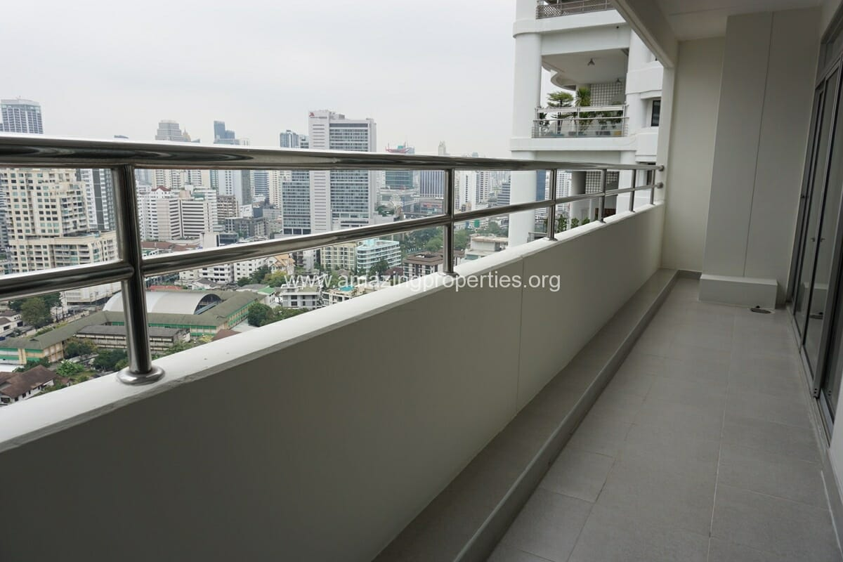 3 Bedroom Penthouse Krungthep Thani Tower-18