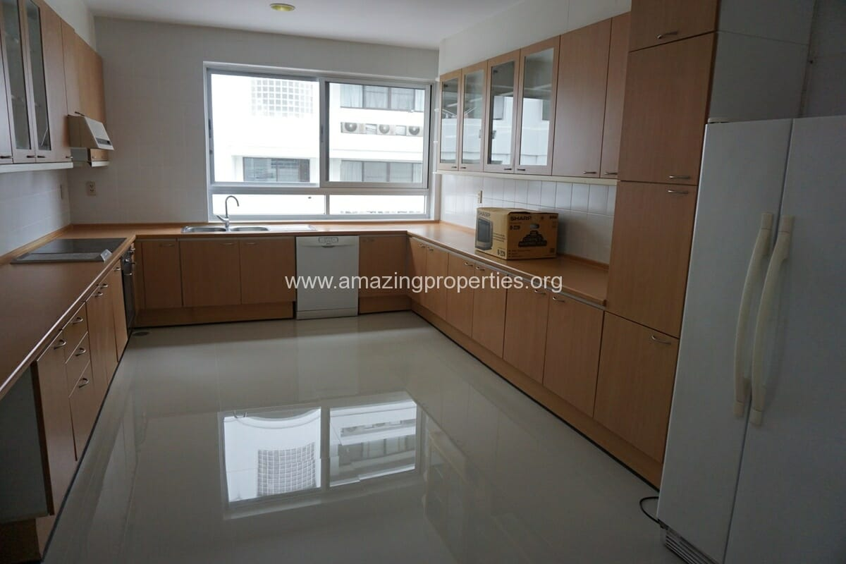 3 Bedroom Penthouse Krungthep Thani Tower-28