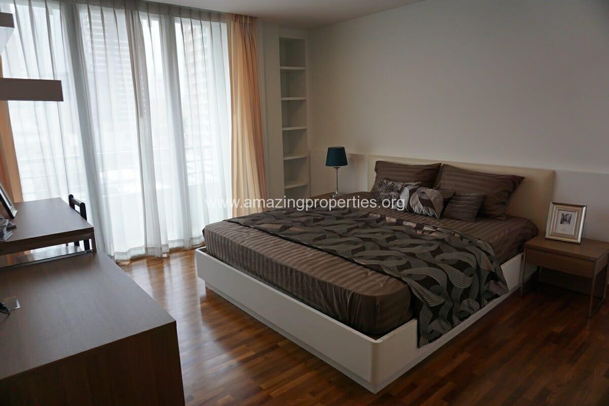 3 bedroom apartment Queens Park View-16