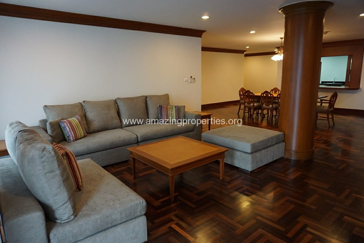 3 Bedroom Apartment for Rent at Baan Pakapun