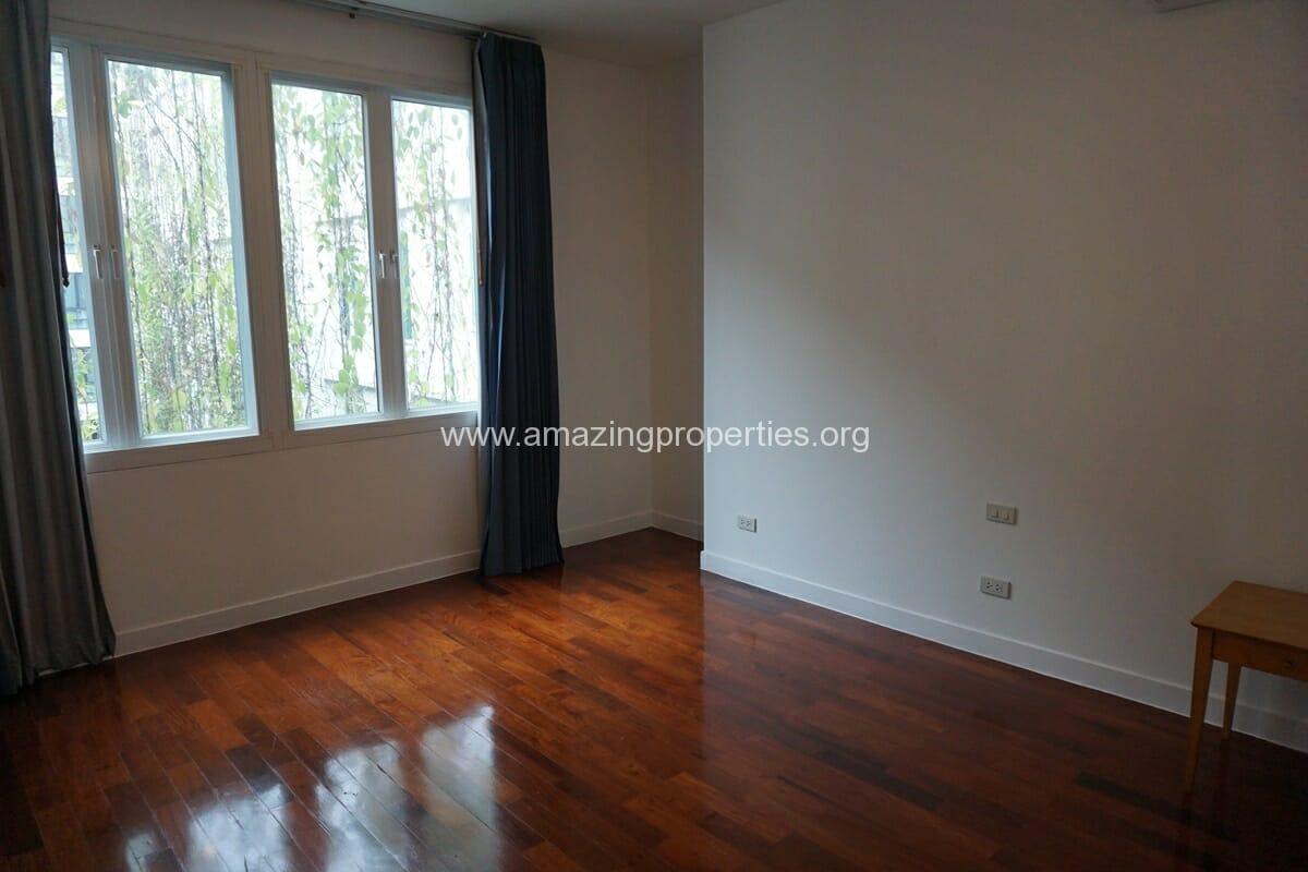The Verandah 4 Bedroom Apartment-17