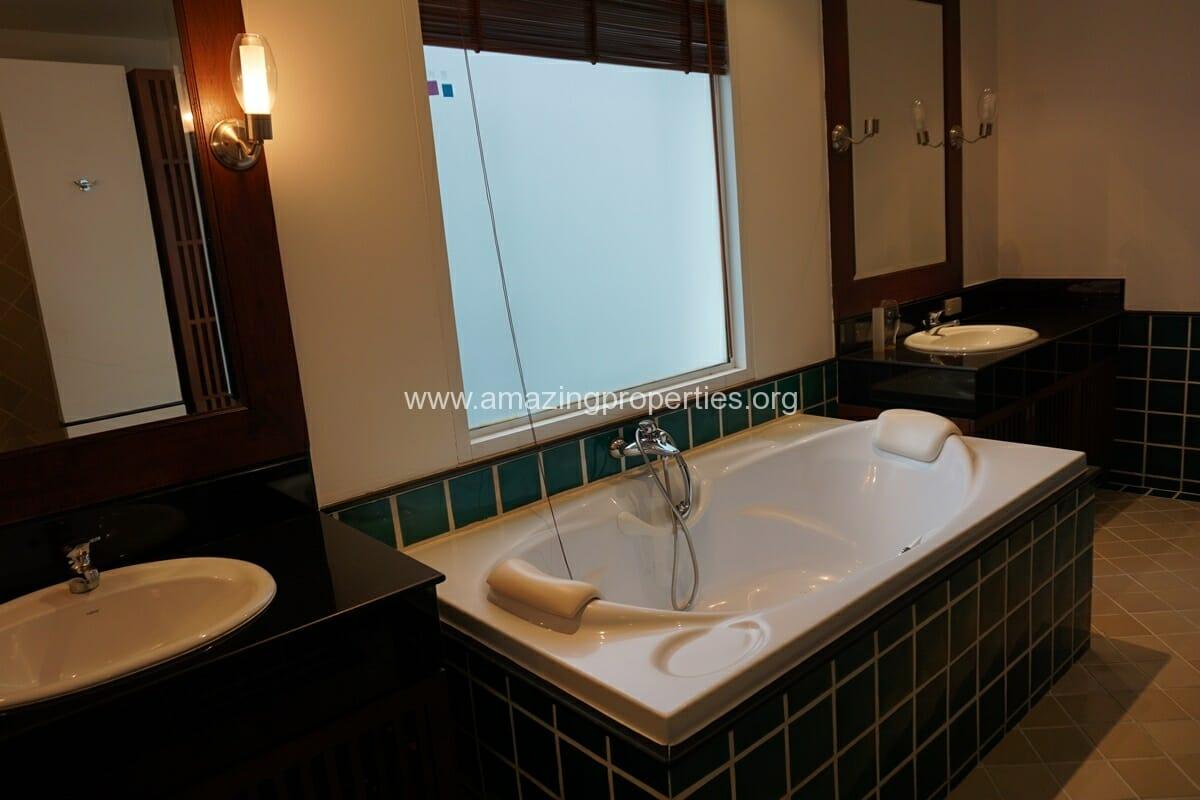 The Verandah 4 Bedroom Apartment-23